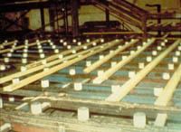 UHMW-Trimmer-lugs-sawmill